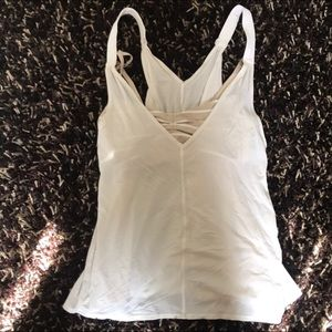 Lululemon white tank with bra size 6